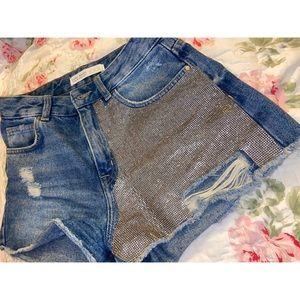 Zara Basic-Glam Mid Rise Denim Shorts 💥markdown💥